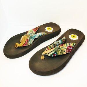 Rocketdog flip flops with floral straps